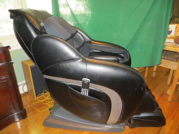 massage chair brookstone